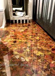aplicação de resina em piso de madeira